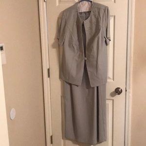🍀K S L Kari's Stevens 2 pc Light Green Dress